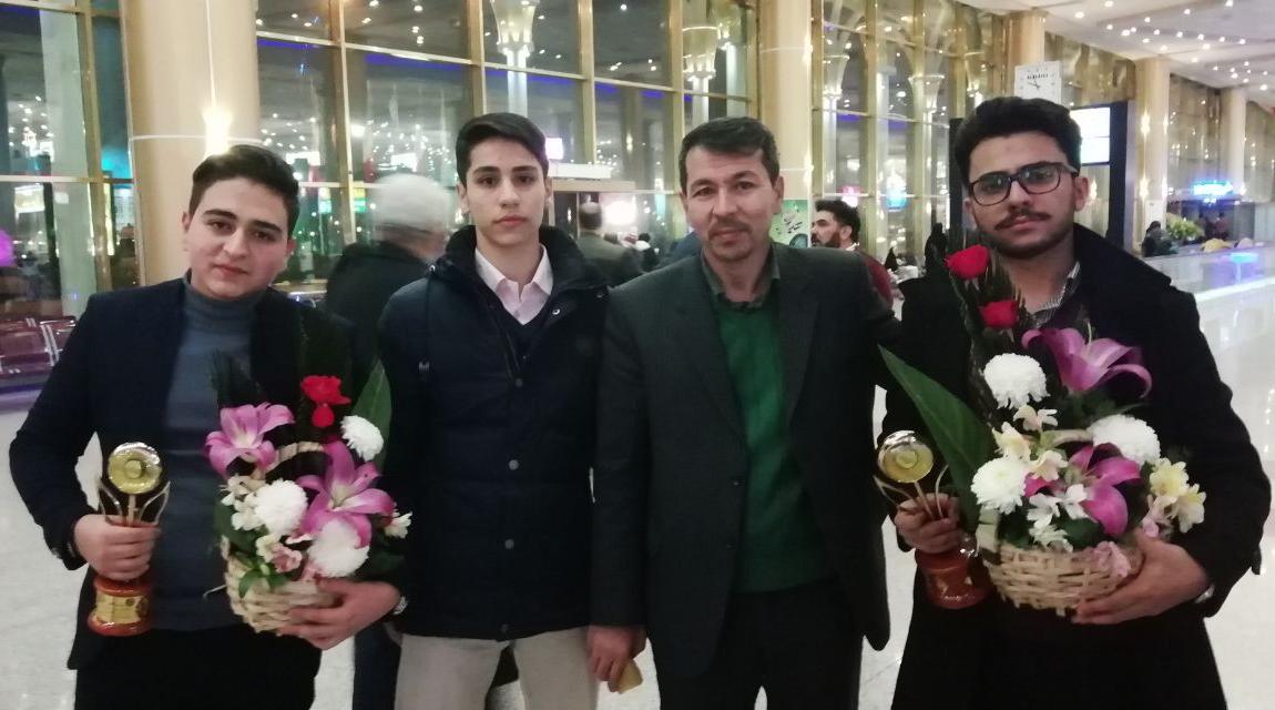 کسب مقام دوم کشوری در بیست و یکمین جشنواره جوان خوارزمی آذرماه 98